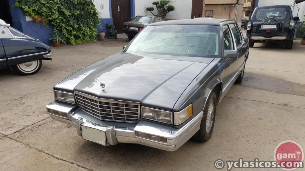CADILLAC DEVILLE BAYVIEW