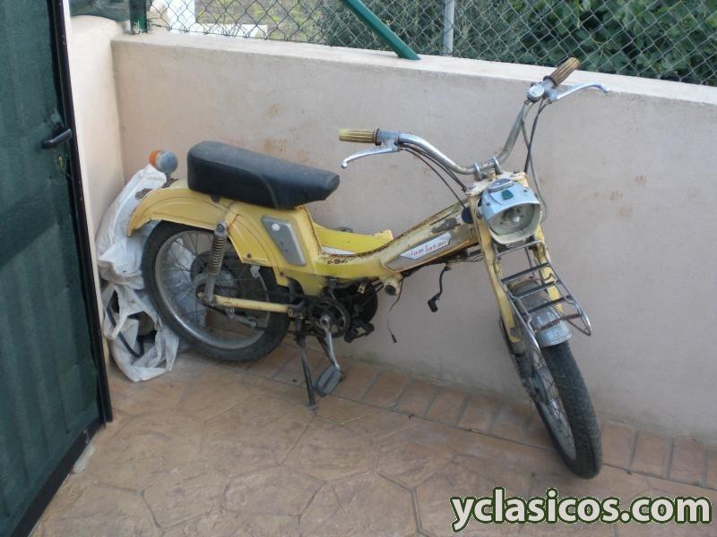 Modelo tipo AV 188 amarillo? Extractimg