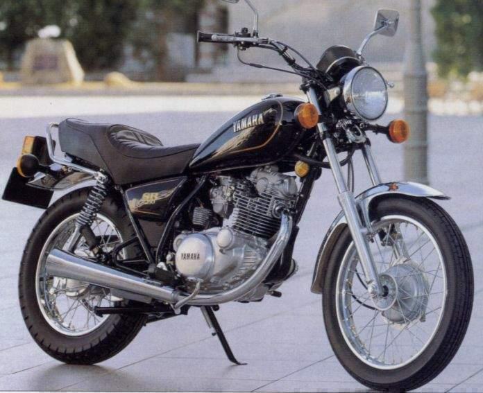 Muestra tu reloj y tu moto (los coches están